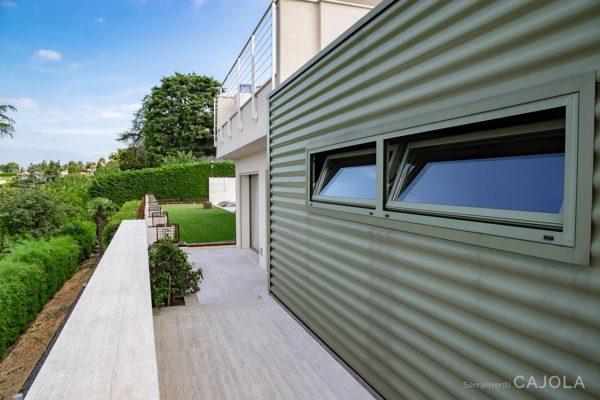 finestre_alluminio_villa_serramenti_caiola